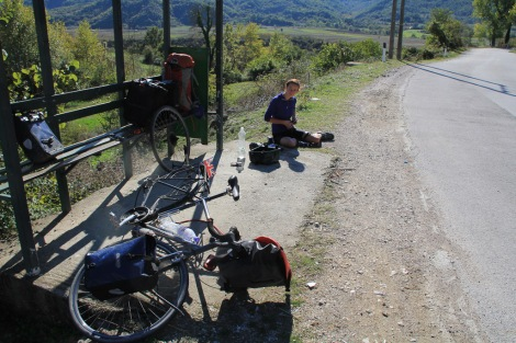 Fixing puncture 322219