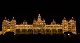 Mysore palace at night.