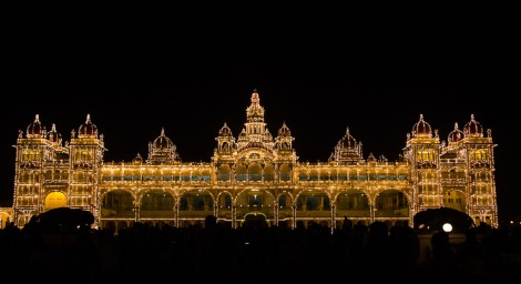 Mysore palace on a Sunday evening.